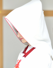 赤縁綿帽子